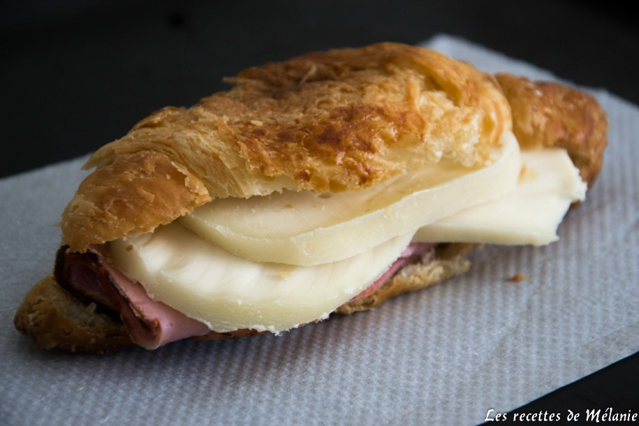Croissant jambon et fromage