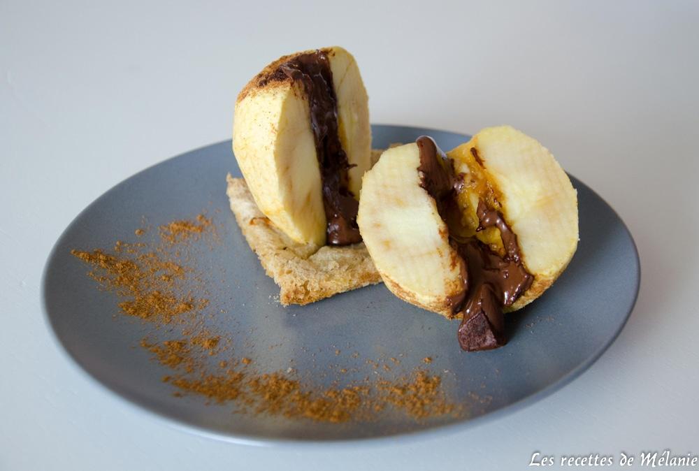Pomme au four au chocolat