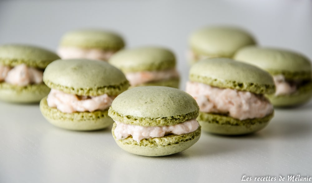 Macarons saumon chèvre frais et thé matcha