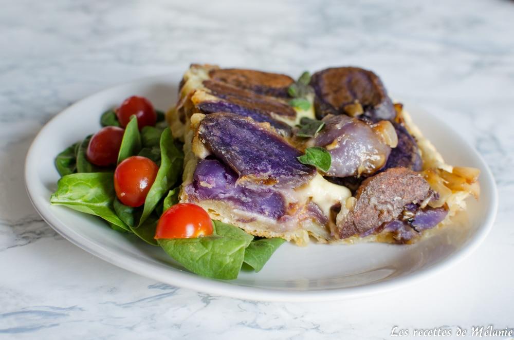 Tatin de pommes de terre violettes à la raclette