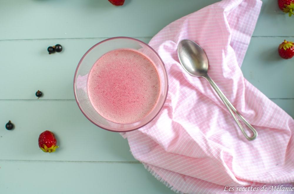 Panna cotta fraises et cassis