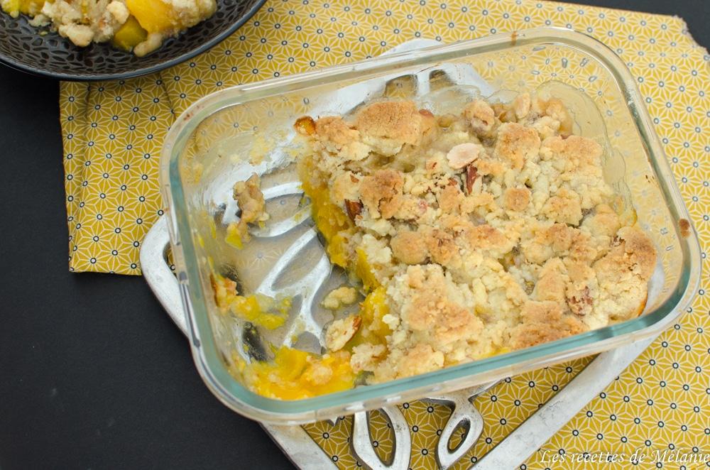 Crumble mangue banane et amandes