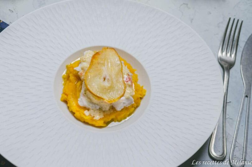 Plat de Noël: cabillaud, sauce au beurre blanc gingembre et poire et sa purée de potimarron