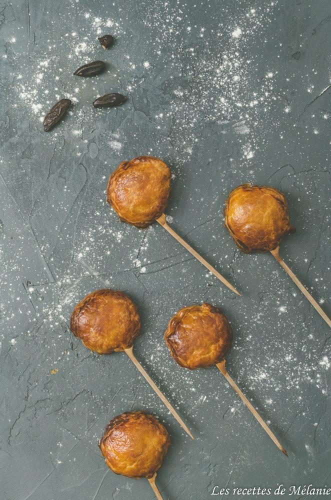 Mini galettes des rois avec 4 variantes (noisette, sésame noir, pistache et tonka)