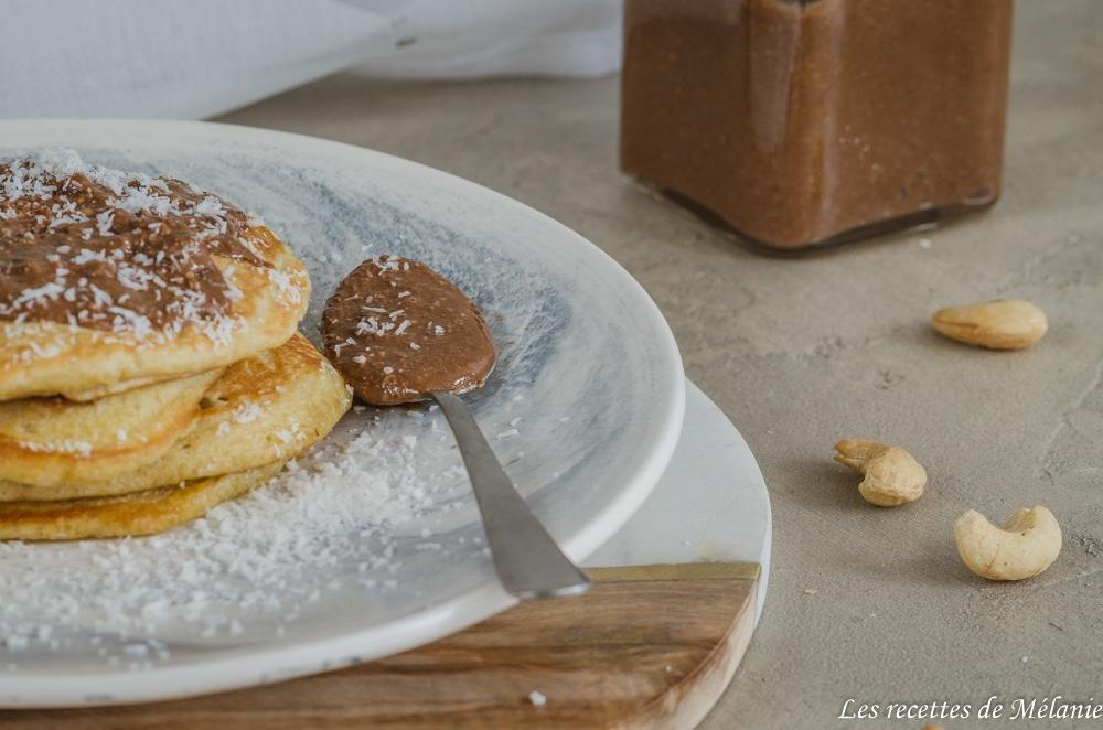 Beurre de noix de cajou à la noix de coco