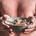 Un granola aux noix de cajou et noix de coco, idéal pour le petit-déjeuner avec du lait ou du yaourt ou bien à grignoter tel quel.