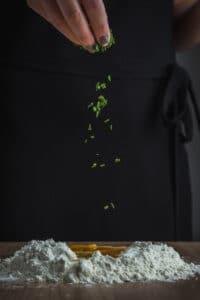 La confection de raviolis aux girolles de A à Z