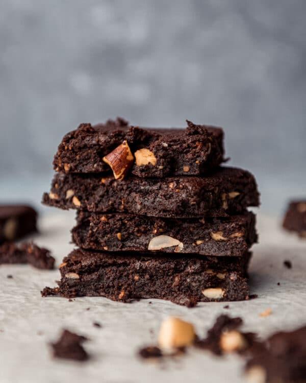 Preset brownie sur fond bleu - Photo culinaire - Les recettes de Mélanie