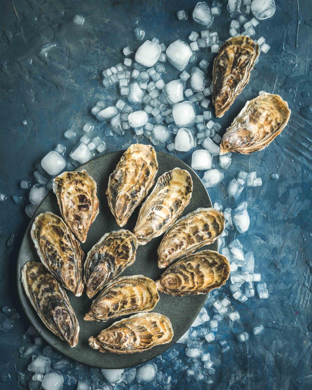 Des huitres de la baie de Cancale livrées directement chez vous en 24h. Je vous propose dans cet article 3 sauces exotiques pour plateau de fruits de mer.