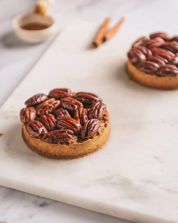 Preset tarte noix pécan fond clair - Photo culinaire - Les recettes de Mélanie