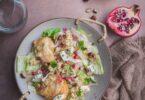 Voici une recette simple et rapide de salade de poires et roquefort. Une recette originale sucrée/salée.